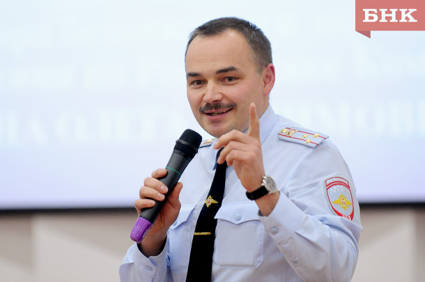 Глава МВД по Коми заработал меньше своего заместителя