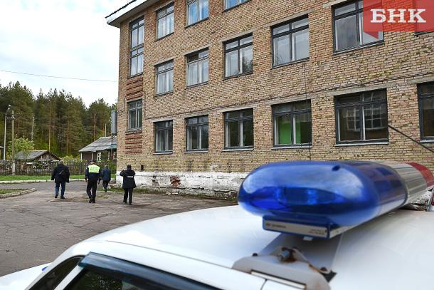Полицейские и журналисты искали захмелевших выпускников в школах Сыктывкара